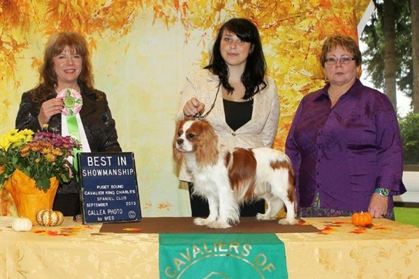 Best Junior Handler, Julia Sklar with Cedar Creek Isa Jewel, Owners Trudy Owens, Julia Sklar